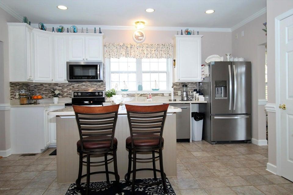 708 Sawmill Landing Road,Bath,North Carolina,3 Bedrooms Bedrooms,9 Rooms Rooms,2 BathroomsBathrooms,Single family residence,Sawmill Landing,100102860