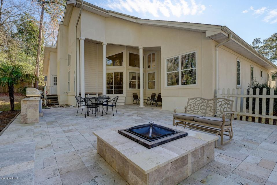 Porters Neck Plantation Real Estate - http://cdn.resize.sparkplatform.com/ncr/1024x768/true/20180308172247206430000000-o.jpg
