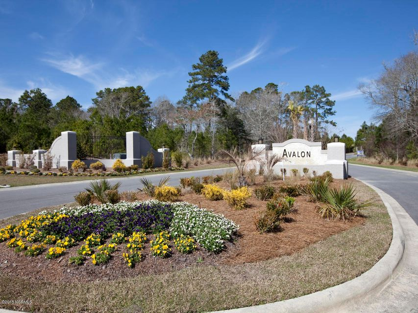 Avalon Real Estate - http://cdn.resize.sparkplatform.com/ncr/1024x768/true/20180311170717567866000000-o.jpg