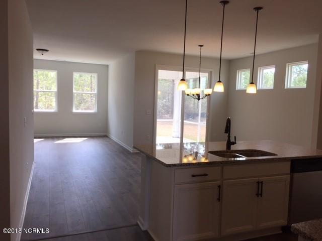 Avalon Real Estate - http://cdn.resize.sparkplatform.com/ncr/1024x768/true/20180311184255674590000000-o.jpg