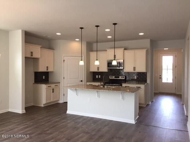 Avalon Real Estate - http://cdn.resize.sparkplatform.com/ncr/1024x768/true/20180311184257938608000000-o.jpg