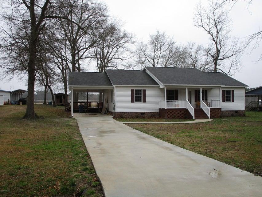 102 Pinetree Drive,Washington,North Carolina,3 Bedrooms Bedrooms,6 Rooms Rooms,2 BathroomsBathrooms,Single family residence,Pinetree,100104997