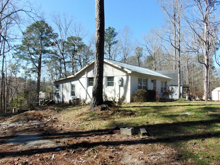 327 River Road,Blounts Creek,North Carolina,1 Bedroom Bedrooms,5 Rooms Rooms,1 BathroomBathrooms,Single family residence,River,100106598