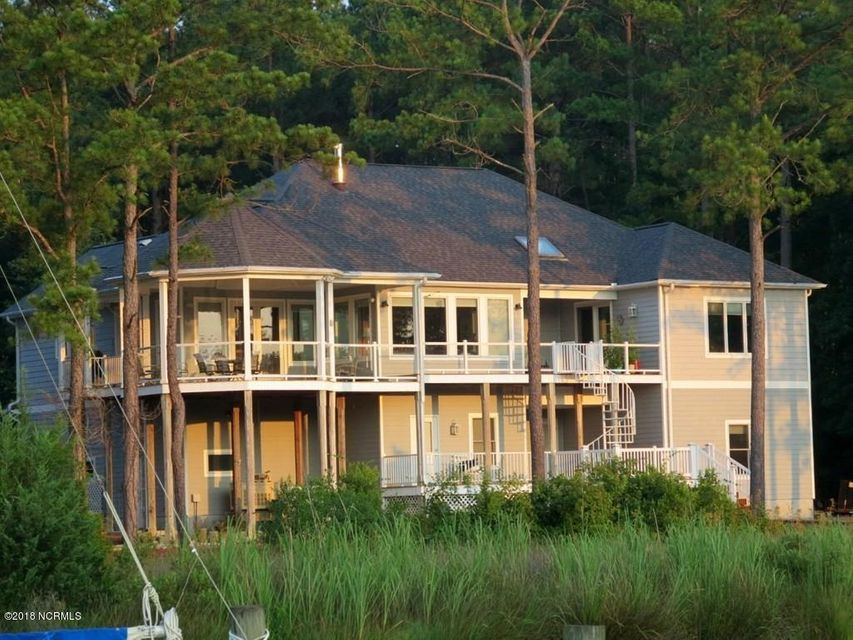 Property for sale at 444 Starboard Drive, Oriental,  NC 28571