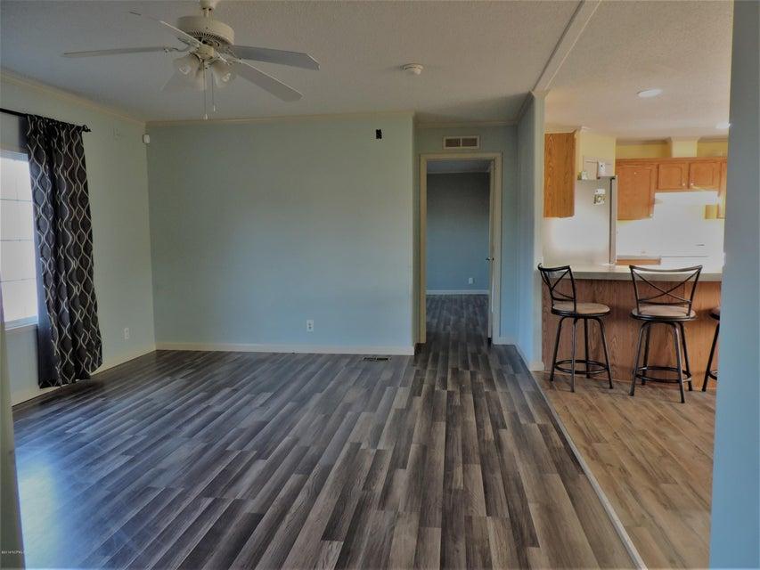 Hunter's Ridge Real Estate - http://cdn.resize.sparkplatform.com/ncr/1024x768/true/20180313183847904594000000-o.jpg