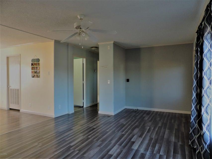 Hunter's Ridge Real Estate - http://cdn.resize.sparkplatform.com/ncr/1024x768/true/20180313183858170258000000-o.jpg