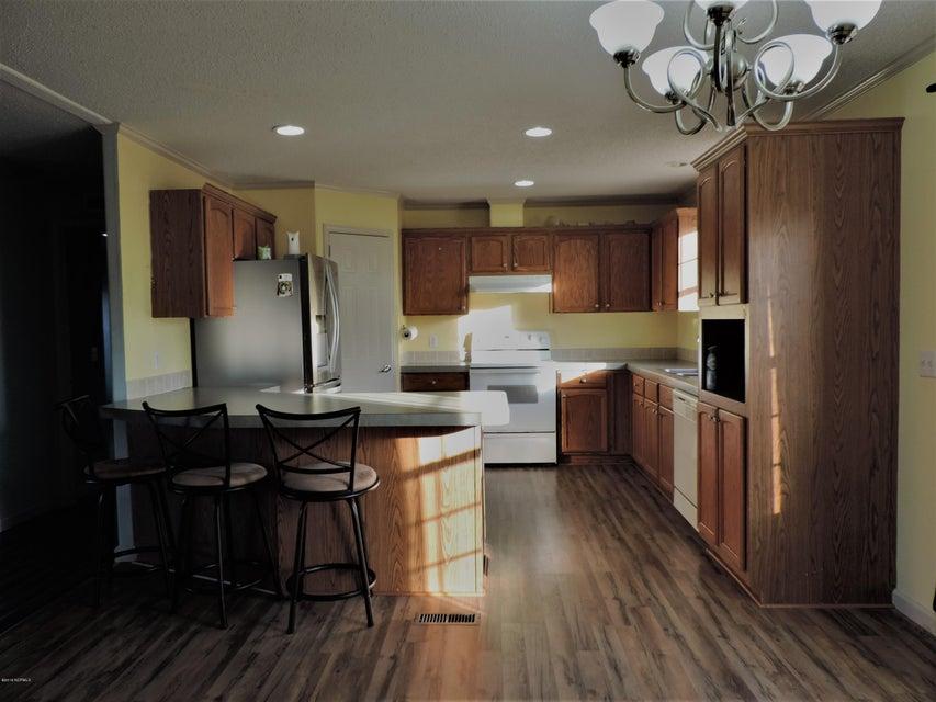 Hunter's Ridge Real Estate - http://cdn.resize.sparkplatform.com/ncr/1024x768/true/20180313183924906272000000-o.jpg