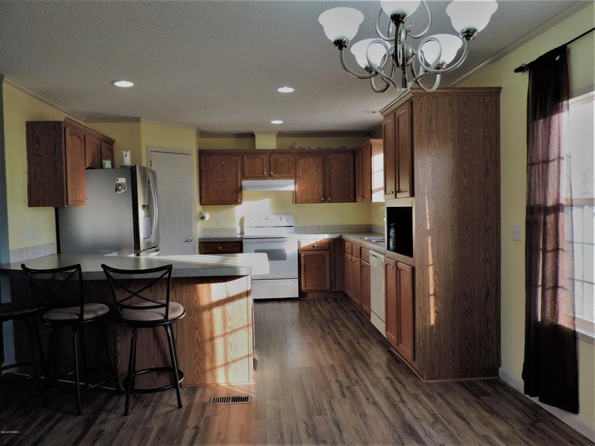 Hunter's Ridge Real Estate - http://cdn.resize.sparkplatform.com/ncr/1024x768/true/20180313183930018093000000-o.jpg
