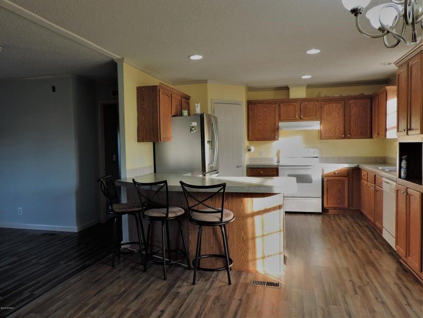 Hunter's Ridge Real Estate - http://cdn.resize.sparkplatform.com/ncr/1024x768/true/20180313183935284985000000-o.jpg