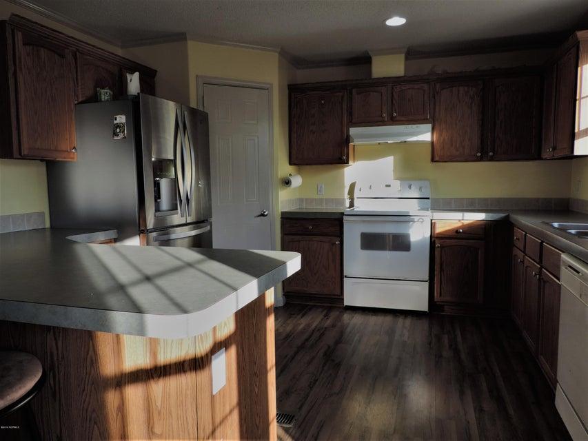 Hunter's Ridge Real Estate - http://cdn.resize.sparkplatform.com/ncr/1024x768/true/20180313183941347285000000-o.jpg