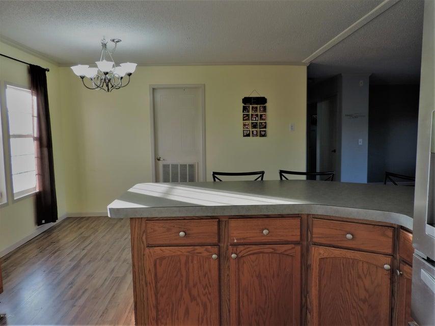 Hunter's Ridge Real Estate - http://cdn.resize.sparkplatform.com/ncr/1024x768/true/20180313184003543637000000-o.jpg