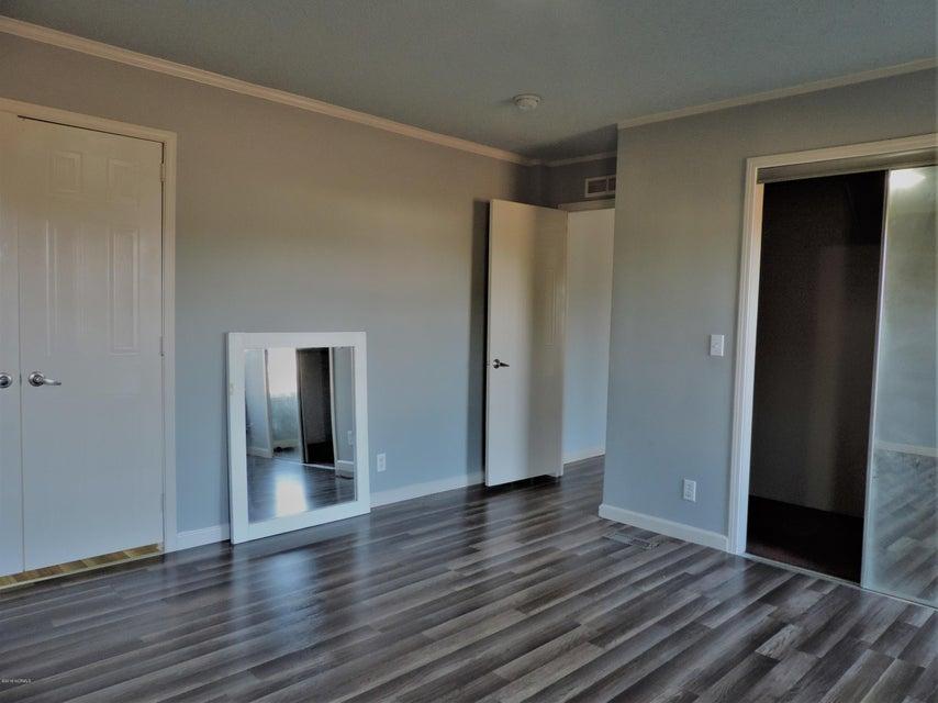 Hunter's Ridge Real Estate - http://cdn.resize.sparkplatform.com/ncr/1024x768/true/20180313184044092298000000-o.jpg