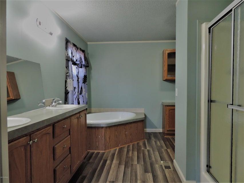 Hunter's Ridge Real Estate - http://cdn.resize.sparkplatform.com/ncr/1024x768/true/20180313184110175615000000-o.jpg