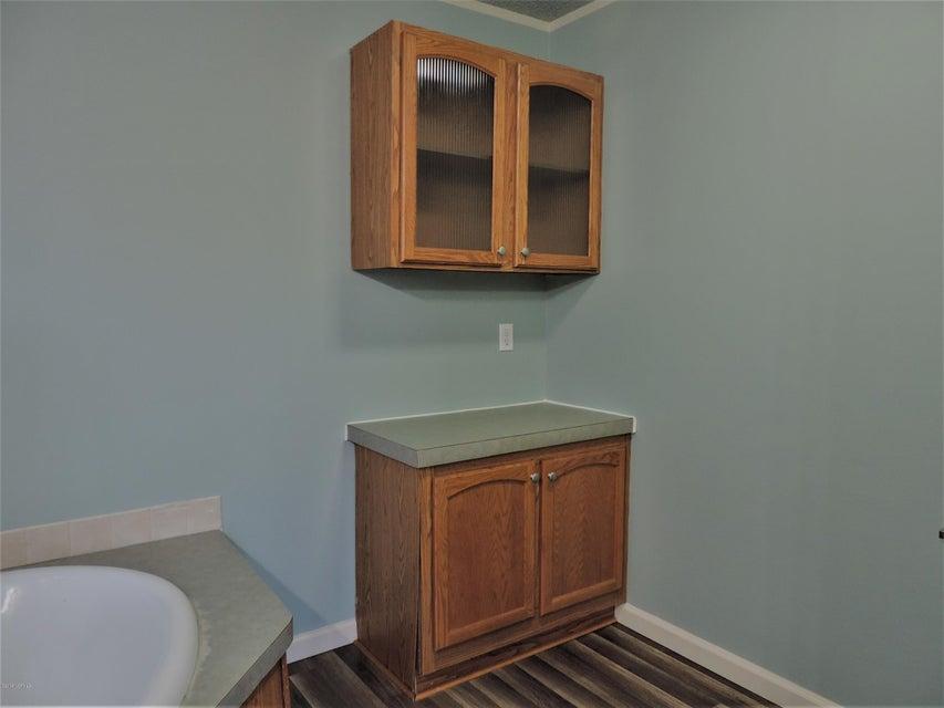 Hunter's Ridge Real Estate - http://cdn.resize.sparkplatform.com/ncr/1024x768/true/20180313184145889746000000-o.jpg