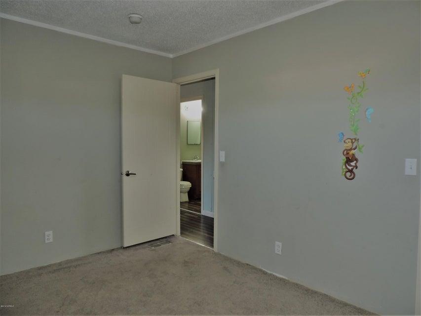 Hunter's Ridge Real Estate - http://cdn.resize.sparkplatform.com/ncr/1024x768/true/20180313184240219920000000-o.jpg