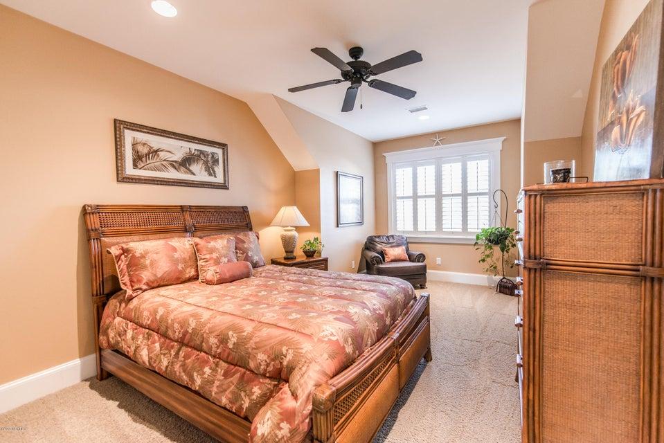 Devaun Park Real Estate - http://cdn.resize.sparkplatform.com/ncr/1024x768/true/20180322230910880666000000-o.jpg