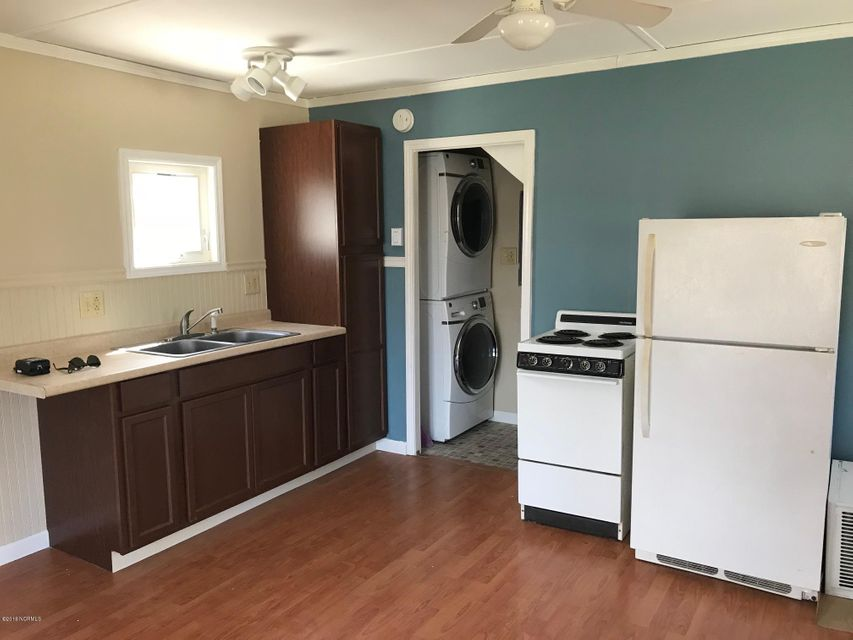 503-505 Vandemere Road,Bayboro,North Carolina,1 Bedroom Bedrooms,3 Rooms Rooms,1 BathroomBathrooms,Single family residence,Vandemere,100070155