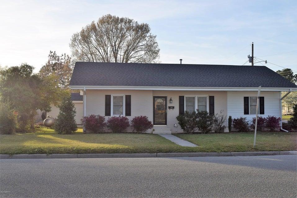 Property for sale at 3224 N Davis Drive, Farmville,  NC 27828