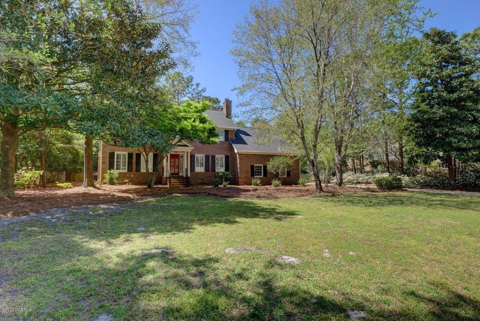 2130 Gloucester Place,Wilmington,North Carolina,5 Bedrooms Bedrooms,10 Rooms Rooms,3 BathroomsBathrooms,Single family residence,Gloucester,100108888