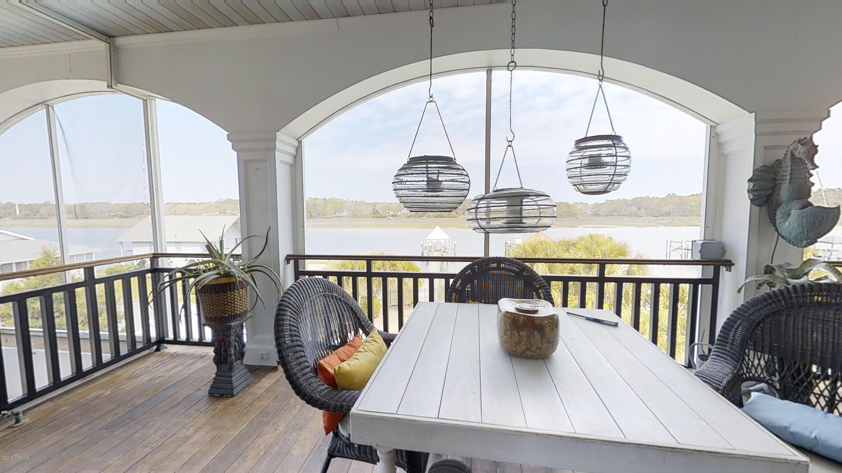 Ocean Isle Beach Real Estate - http://cdn.resize.sparkplatform.com/ncr/1024x768/true/20180414120134422534000000-o.jpg