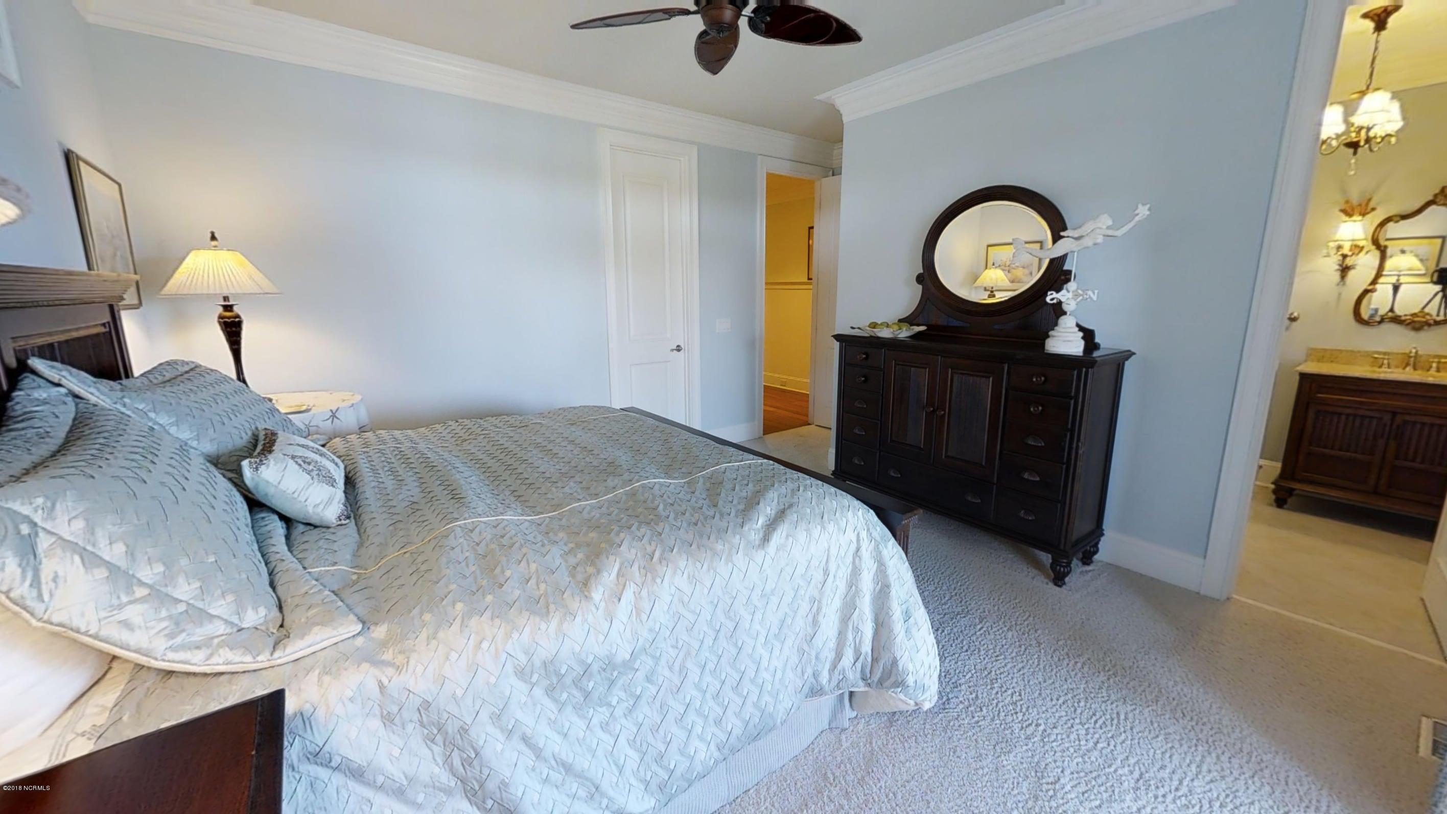 Ocean Isle Beach Real Estate - http://cdn.resize.sparkplatform.com/ncr/1024x768/true/20180414120355756482000000-o.jpg