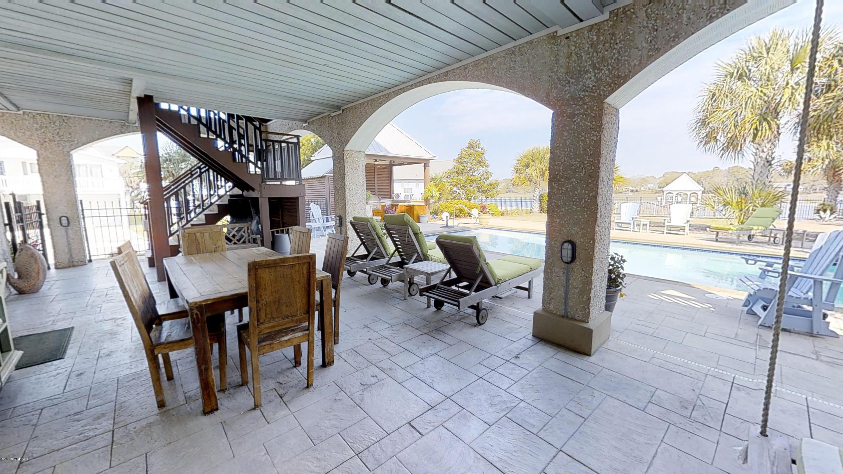 Ocean Isle Beach Real Estate - http://cdn.resize.sparkplatform.com/ncr/1024x768/true/20180414120402799364000000-o.jpg