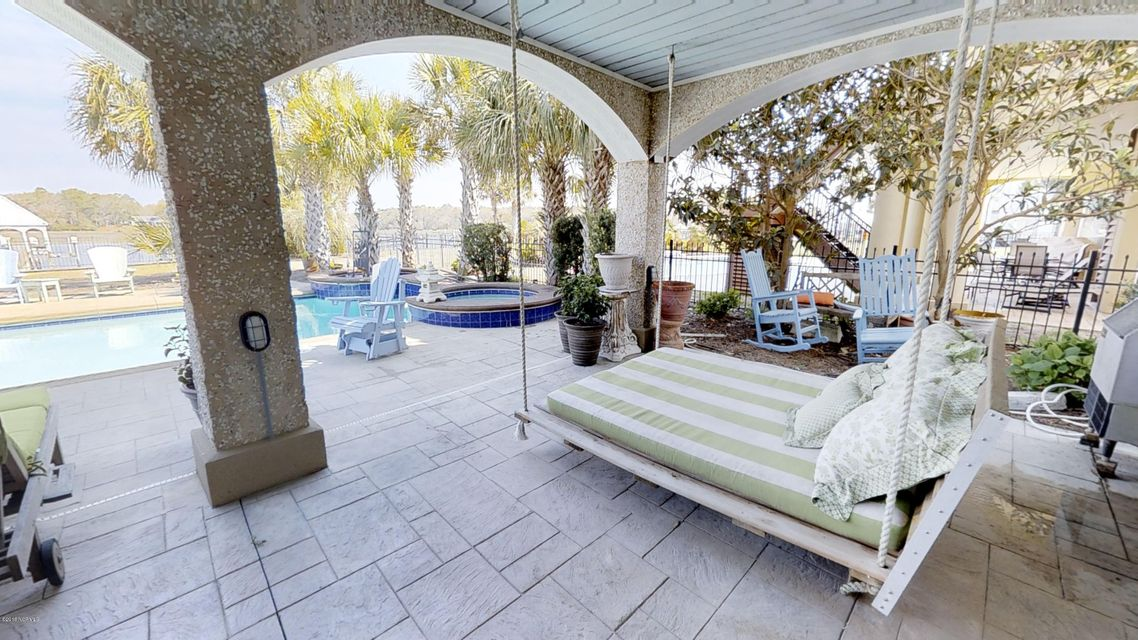 Ocean Isle Beach Real Estate - http://cdn.resize.sparkplatform.com/ncr/1024x768/true/20180414120409803506000000-o.jpg