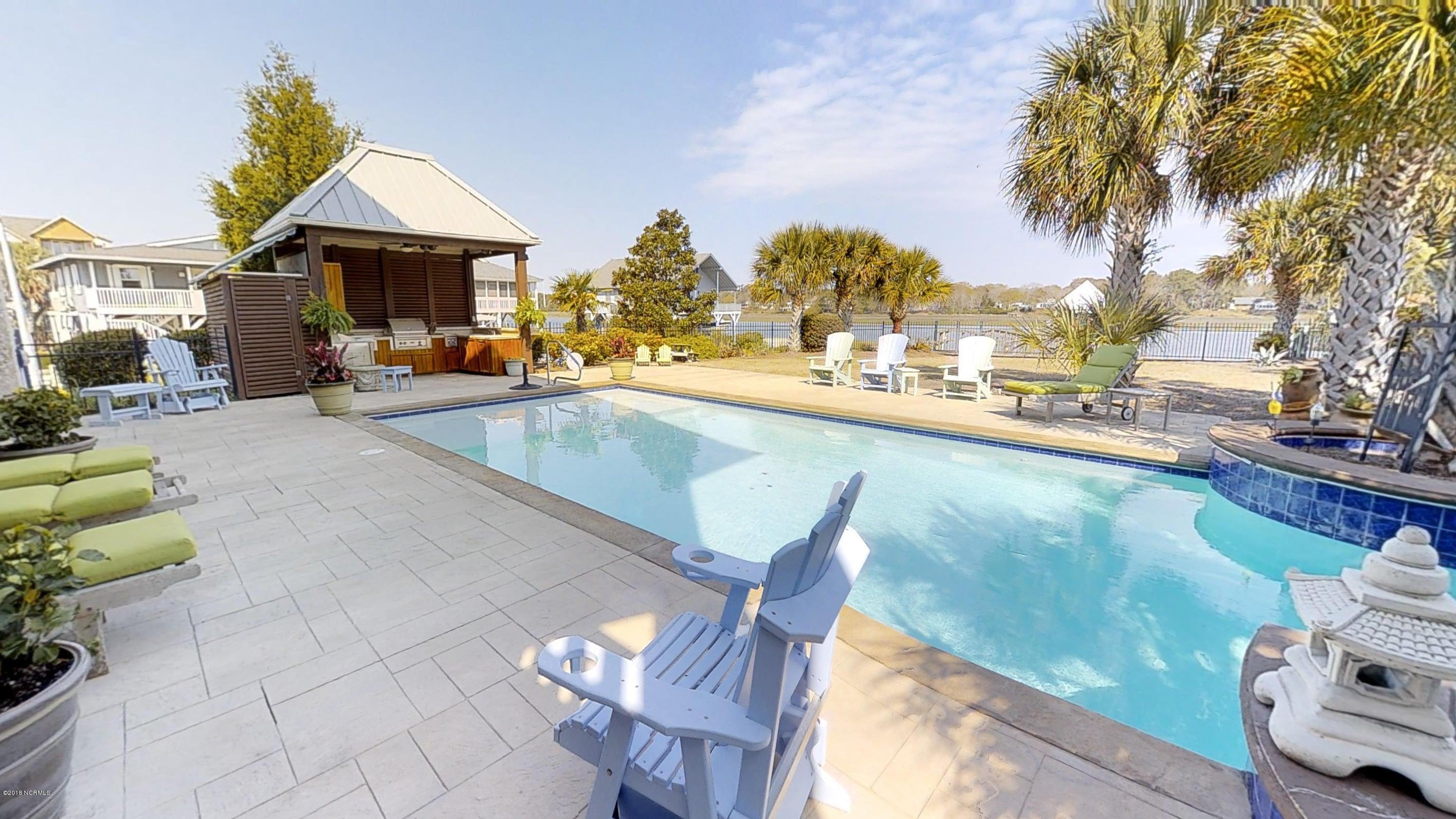 Ocean Isle Beach Real Estate - http://cdn.resize.sparkplatform.com/ncr/1024x768/true/20180414120415754699000000-o.jpg
