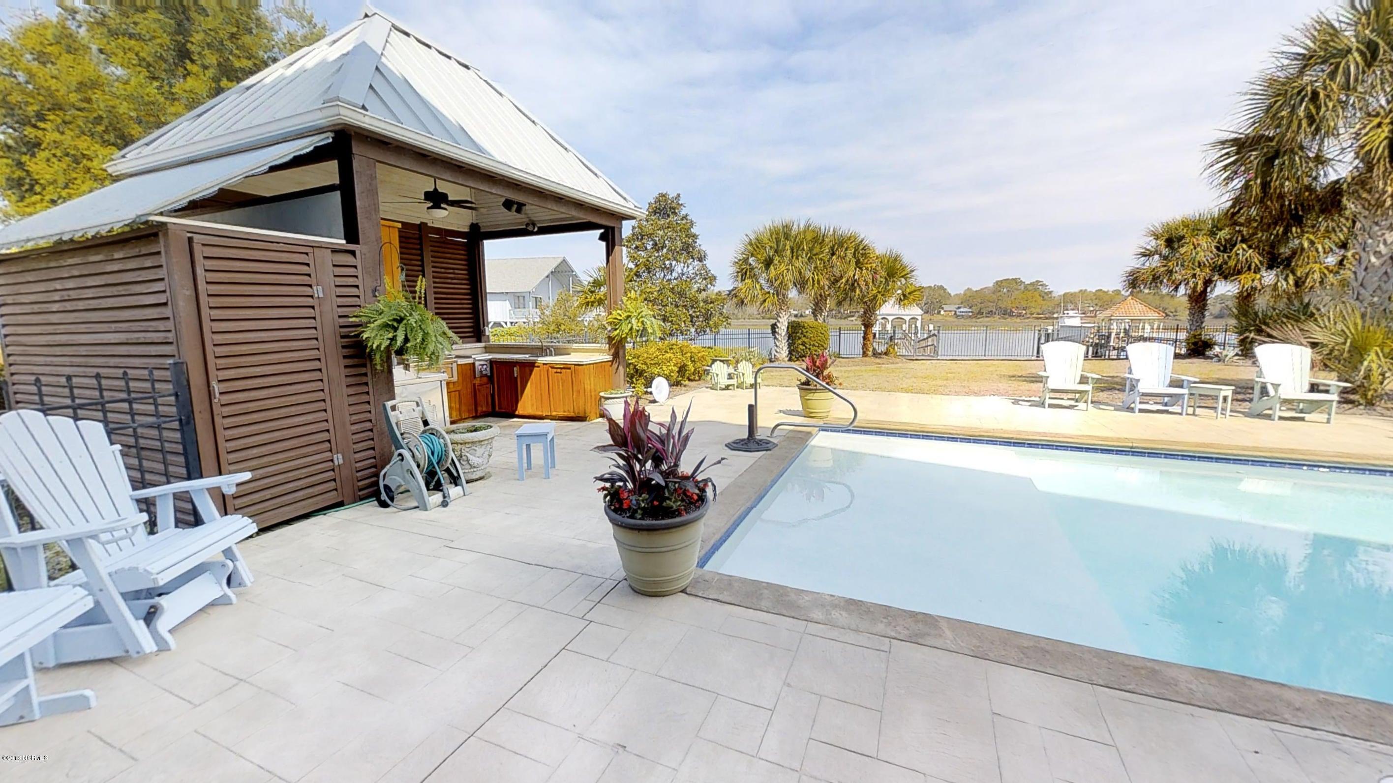 Ocean Isle Beach Real Estate - http://cdn.resize.sparkplatform.com/ncr/1024x768/true/20180414120425637433000000-o.jpg