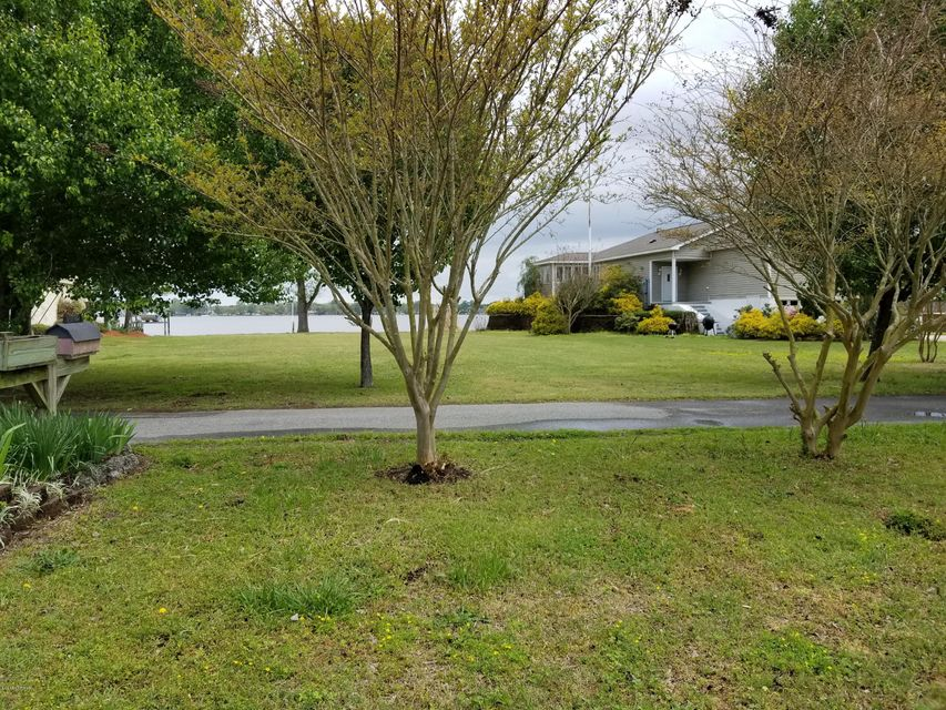 228 Forte Shores Drive,Chocowinity,North Carolina,2 Bedrooms Bedrooms,5 Rooms Rooms,1 BathroomBathrooms,Single family residence,Forte Shores,100111189