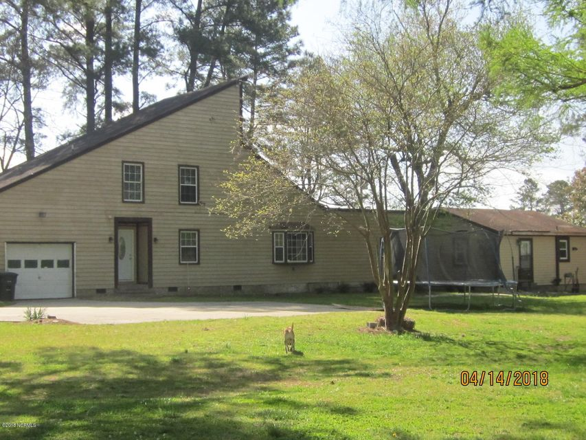 Property for sale at 818 Country Club Drive, Ayden,  NC 28513