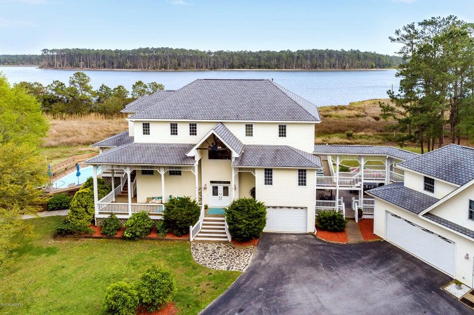 660 Joyner Drive,Havelock,North Carolina,4 Bedrooms Bedrooms,8 Rooms Rooms,3 BathroomsBathrooms,Single family residence,Joyner,100108502