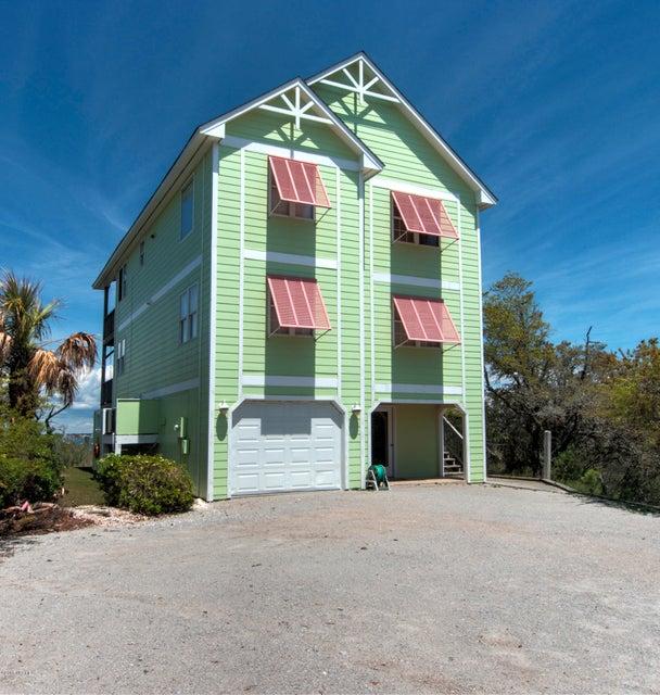 4304 Emerald Drive,Emerald Isle,North Carolina,4 Bedrooms Bedrooms,7 Rooms Rooms,3 BathroomsBathrooms,Single family residence,Emerald,100114303