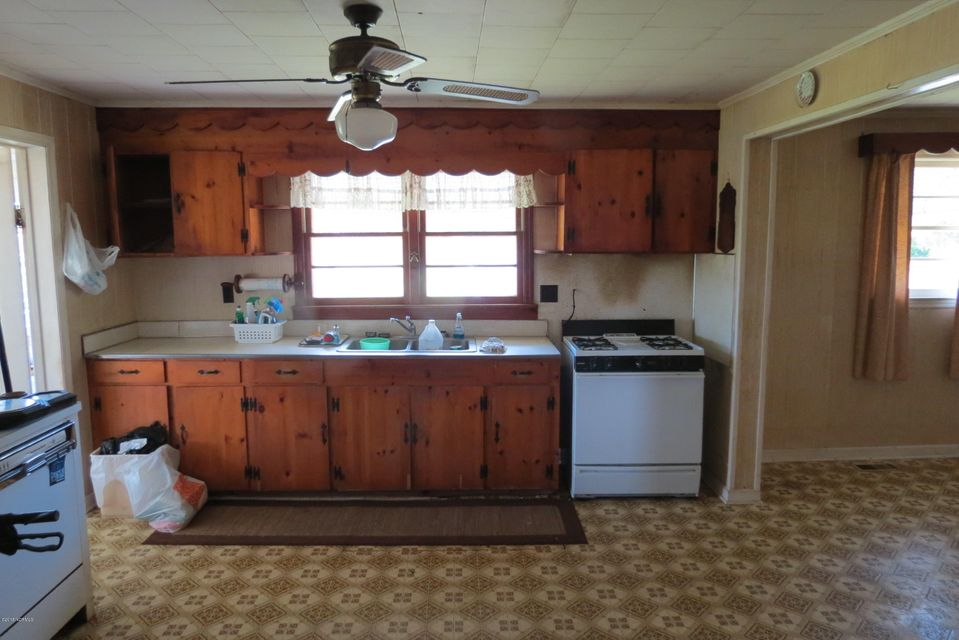266 Old Lupton Road,Merritt,North Carolina,4 Bedrooms Bedrooms,10 Rooms Rooms,2 BathroomsBathrooms,Single family residence,Old Lupton,100113750