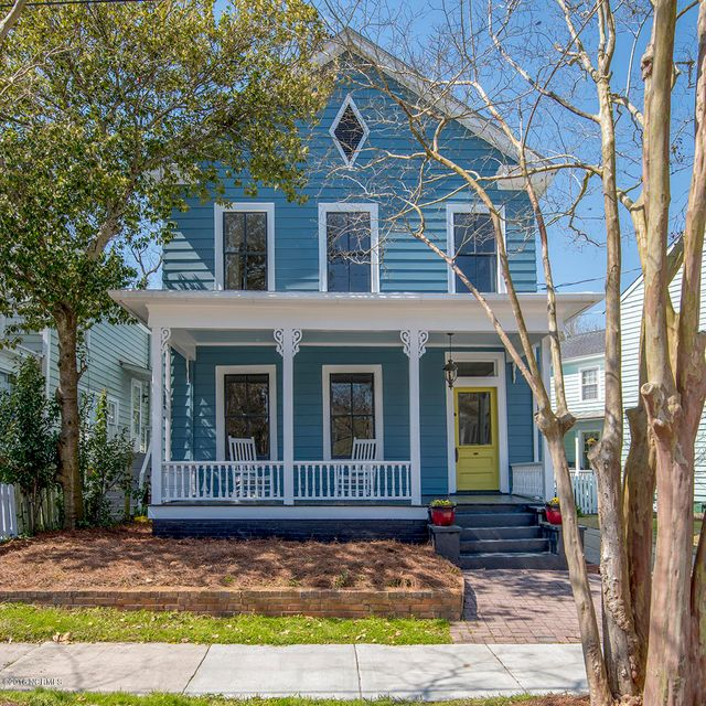 621 Middle Street New Bern,North Carolina,3 Bedrooms Bedrooms,7 Rooms Rooms,3 BathroomsBathrooms,Single family residence,Middle Street,100104727