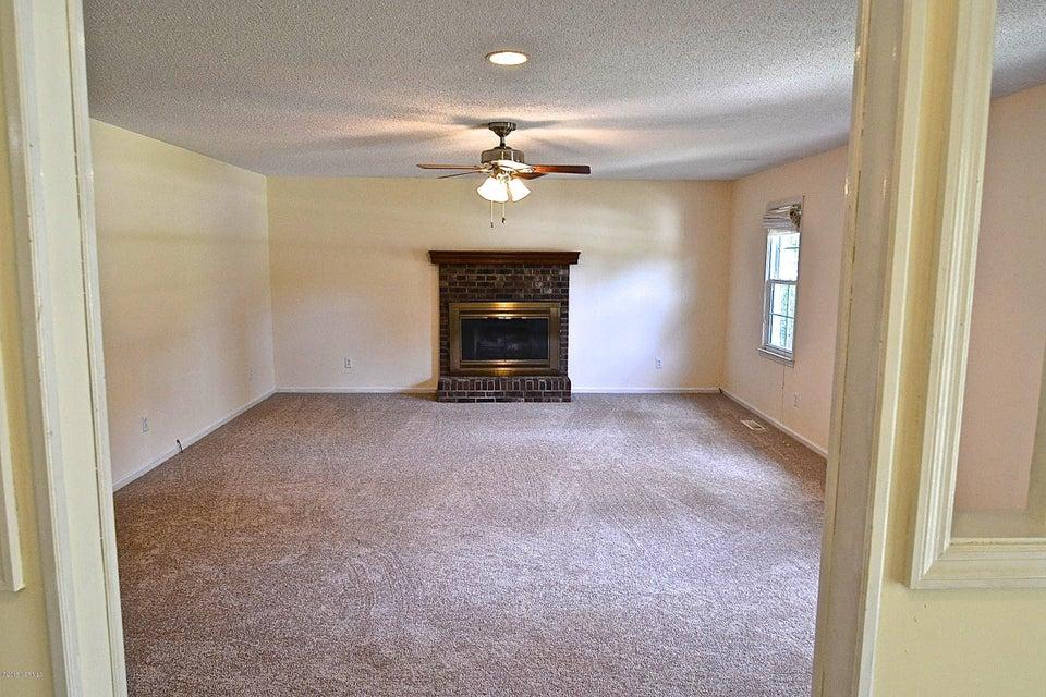 1836 Caracara Drive,New Bern,North Carolina,3 Bedrooms Bedrooms,6 Rooms Rooms,2 BathroomsBathrooms,Single family residence,Caracara,100114382