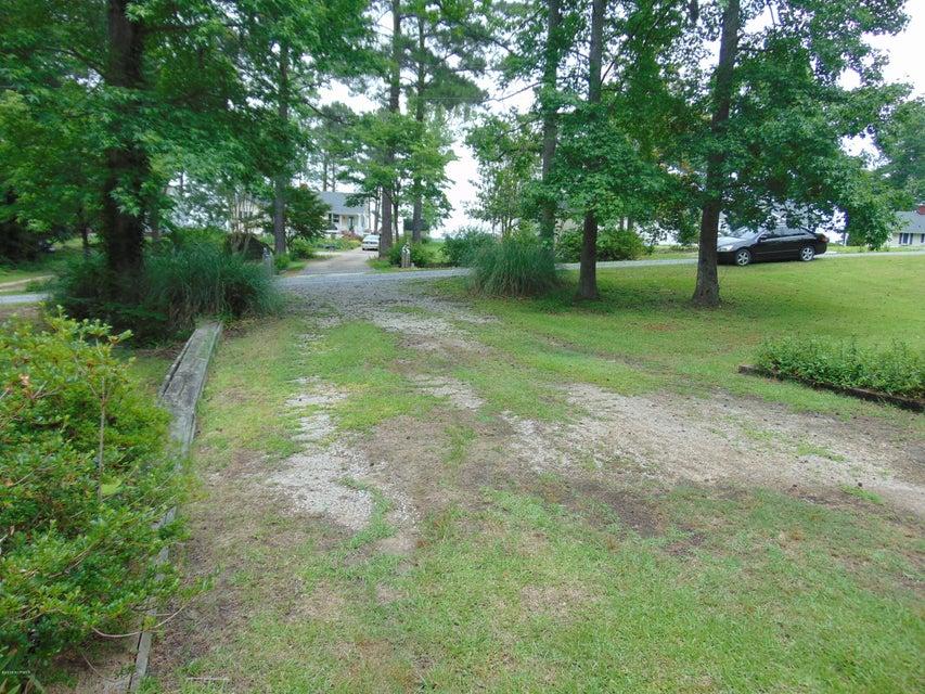 224 Bay Drive,Chocowinity,North Carolina,3 Bedrooms Bedrooms,8 Rooms Rooms,2 BathroomsBathrooms,Single family residence,Bay,100115012