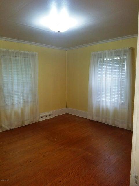 902 Park Drive,Washington,North Carolina,3 Bedrooms Bedrooms,5 Rooms Rooms,1 BathroomBathrooms,Single family residence,Park,100114526