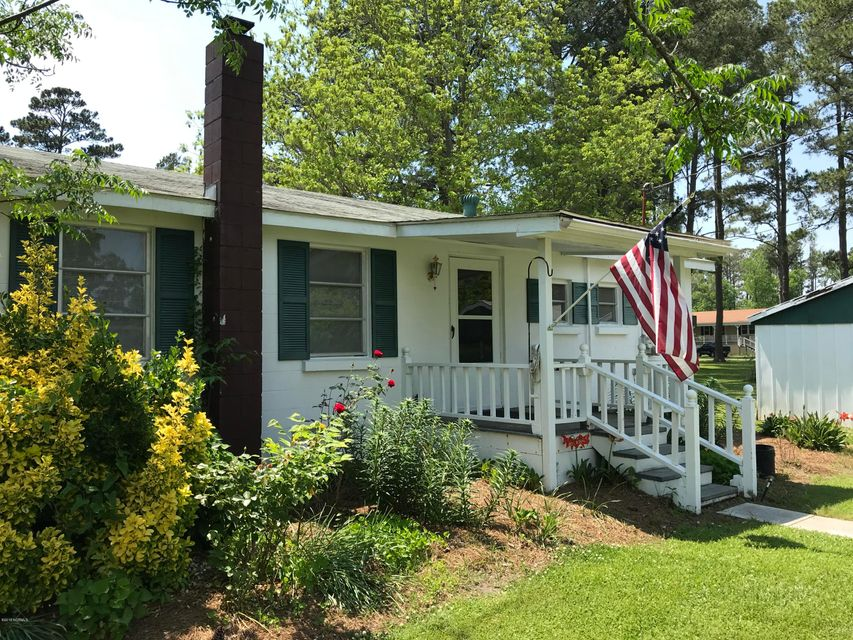 382 Loop Road,Belhaven,North Carolina,4 Bedrooms Bedrooms,7 Rooms Rooms,1 BathroomBathrooms,Single family residence,Loop,100116380