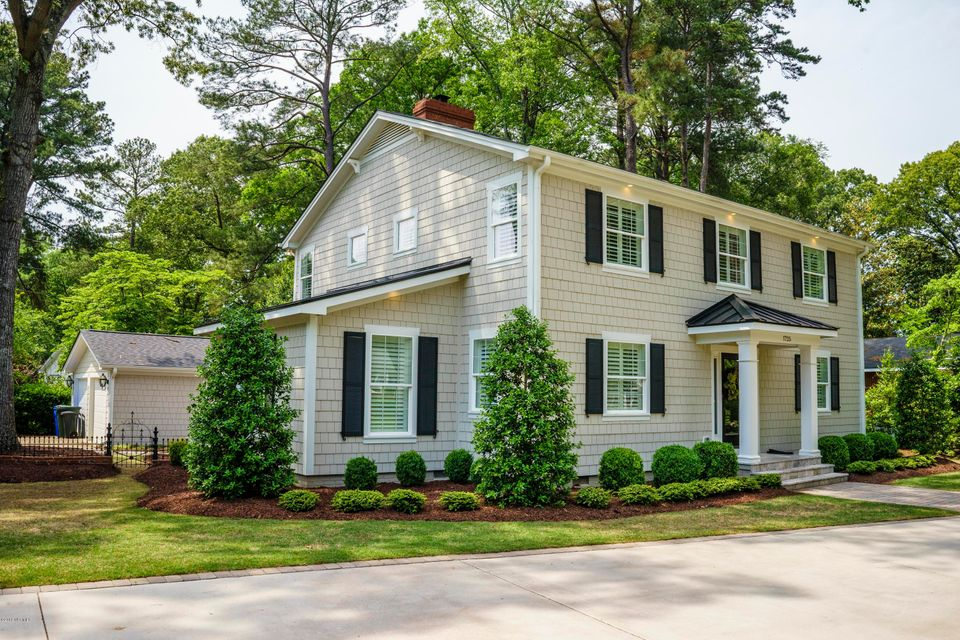 Property for sale at 1725 Circle Drive, Greenville,  NC 27858