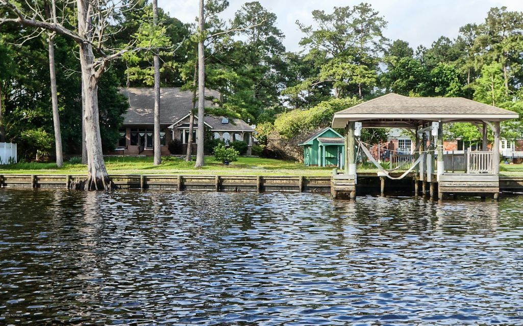 Property for sale at 250 Shoreline Drive, New Bern,  NC 28562
