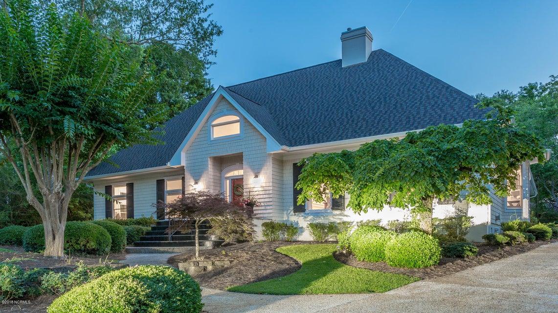 904 Twisted Oak Place,Wilmington,North Carolina,4 Bedrooms Bedrooms,12 Rooms Rooms,3 BathroomsBathrooms,Single family residence,Twisted Oak,100120141