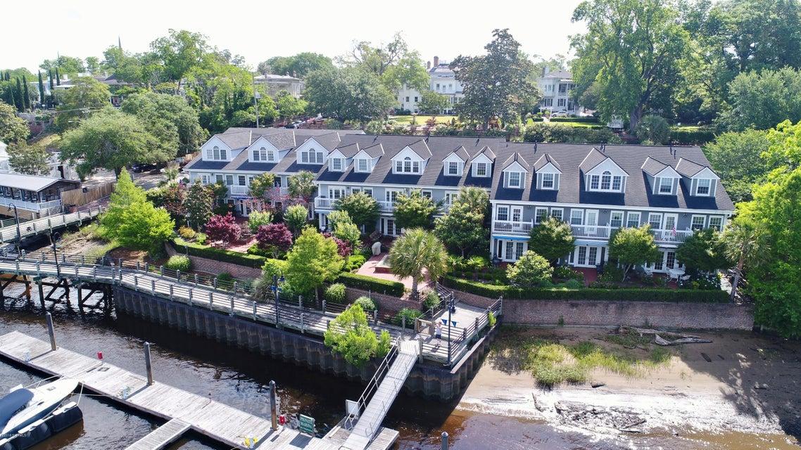 10 Nun Street,Wilmington,North Carolina,3 Bedrooms Bedrooms,9 Rooms Rooms,2 BathroomsBathrooms,Townhouse,Nun,100121697