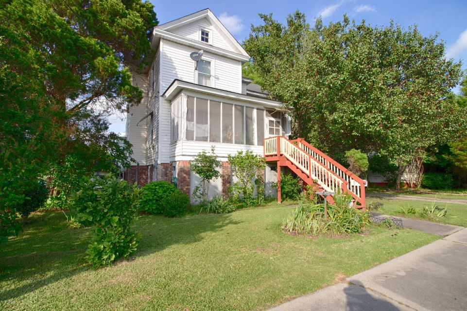 554 Main Street,Belhaven,North Carolina,4 Bedrooms Bedrooms,7 Rooms Rooms,1 BathroomBathrooms,Single family residence,Main,100122812