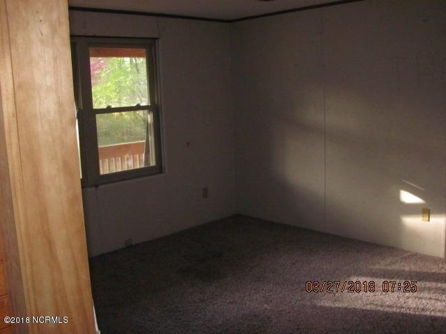 200 Bortz Lane,Bath,North Carolina,3 Bedrooms Bedrooms,5 Rooms Rooms,2 BathroomsBathrooms,Manufactured home,Bortz,100124396