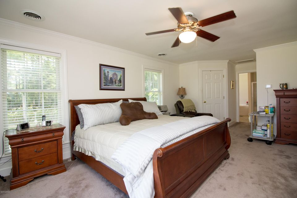 224 Creek Drive, Aurora, North Carolina, 3 Bedrooms Bedrooms, 8 Rooms Rooms,2 BathroomsBathrooms,Single family residence,For sale,Creek,100127619