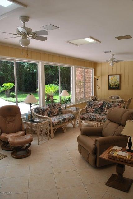 7945 Pine Lake RD JACKSONVILLE, FL 32256