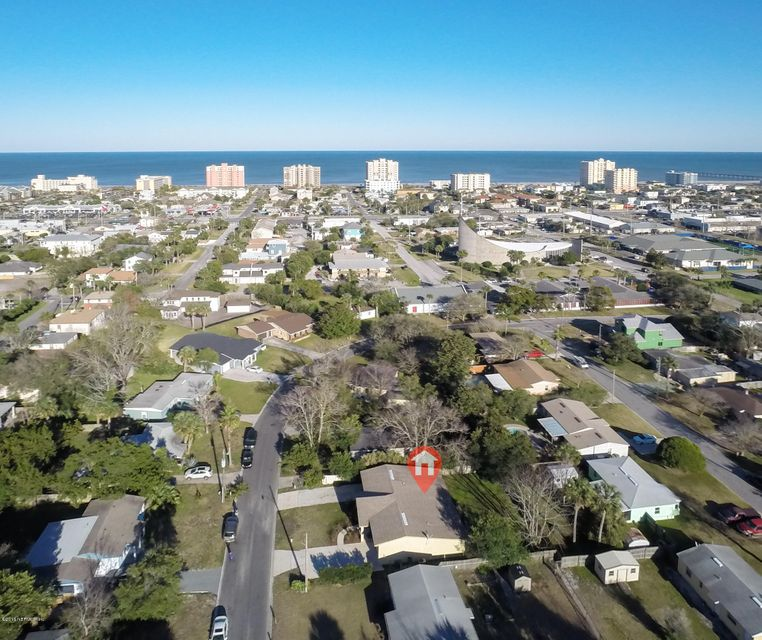 524 PATRICIA LN JACKSONVILLE BEACH, FL 32250