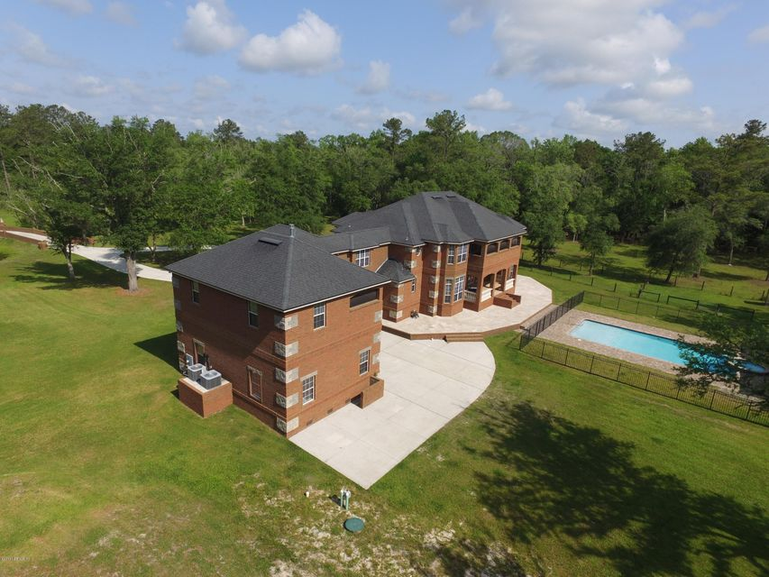1310 LUCKY,MIDDLEBURG,FLORIDA 32068,7 Bedrooms Bedrooms,6 BathroomsBathrooms,Residential - single family,LUCKY,826353