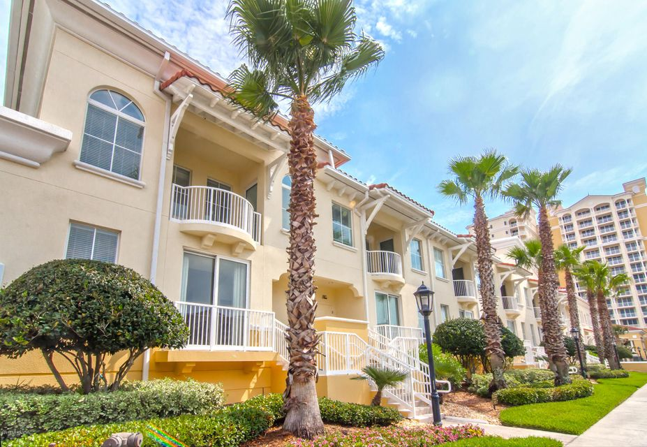 1032 1ST,JACKSONVILLE BEACH,FLORIDA 32250,3 Bedrooms Bedrooms,2 BathroomsBathrooms,Residential - condos/townhomes,1ST,829123
